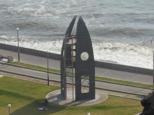 Statue on beach in Miraflores