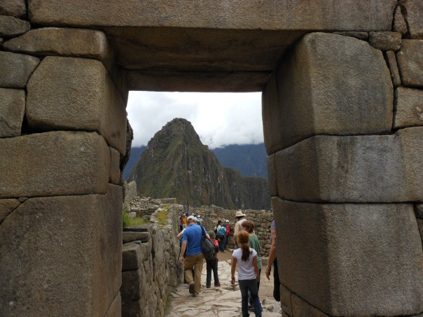 Huayna Picchu seen through Intipuncu