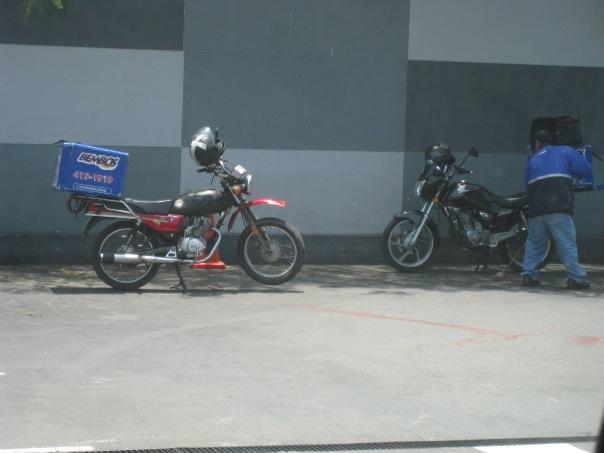 Fast Food on Fast Wheels